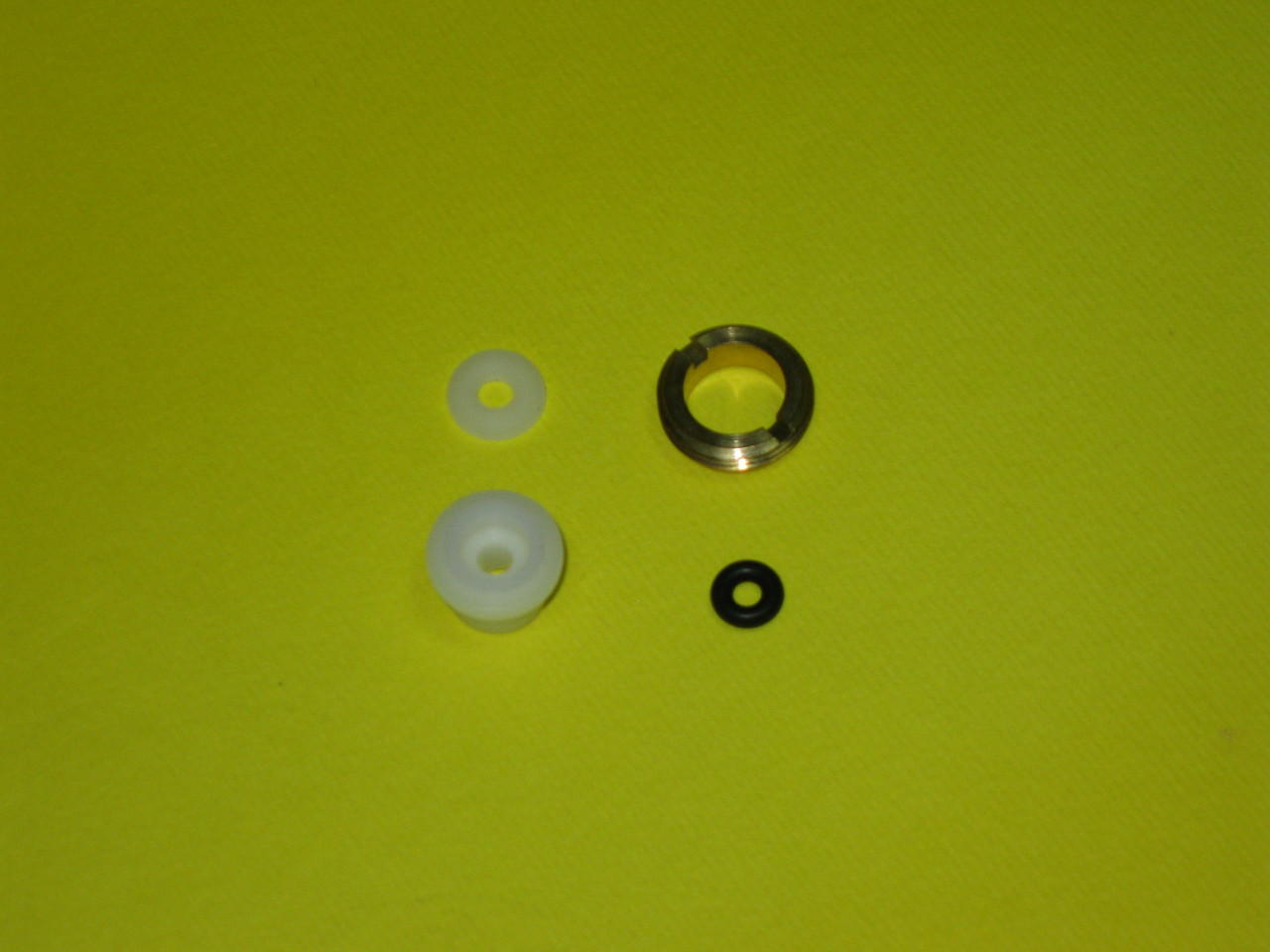 Втулка второпластовая (комплект) трехходового клапана Hermann, Immergas, Sime, Nobel, Protherm