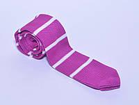 Вязанный галстук малиновый в белую полоску
