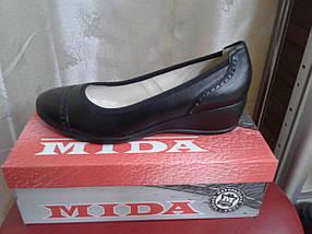 Женские туфли из натуральной  кожи на невысокой танкетке МИДА 21339 черные., фото 3