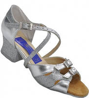 Туфли для танцев  серебристые детские на блок-каблуке 26-40 р. Обувь с регуляторами полноты для девочек.