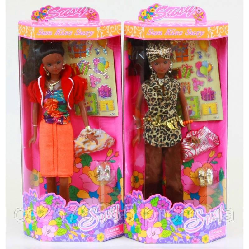 """Кукла Сьюзи """"Темнокожая"""" 2815WBX-RG с наклейками для девочки"""