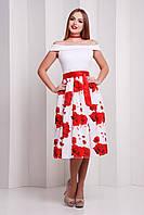 Платье лодочка с юбкой ниже колена с красными розами