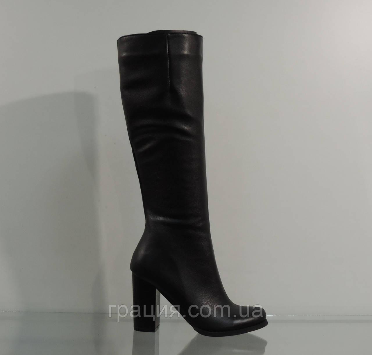 Сапожки женские кожаные демисезонные на каблуке