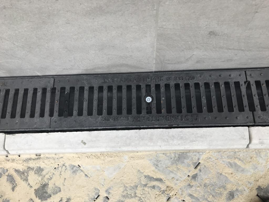 Качественная укладка тротуарной плитки с установкой ливнеприемников  (частная территория) 100 м.кв. 21