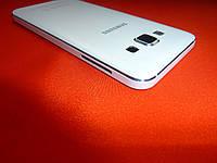 Задняя крышка / корпус Samsung A3 / A300FU белая
