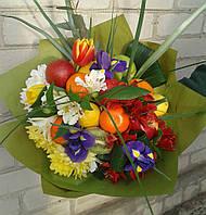 """Веган -букет """"весенние цветы плюс фрукты"""""""