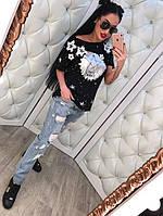 Весенние женские  джинсы с прорезами