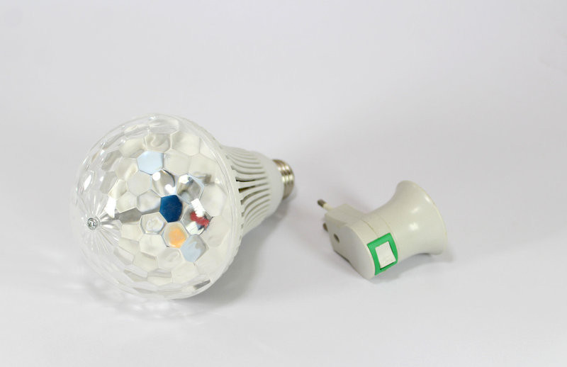 Диско лампа + переходник LASER Rotating lampi, вращающаяся светодиодный шар