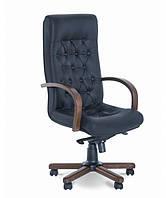 Кресло офисное с деревянными подлокотниками Фидель (Fidel) LUX extra Новый Стиль LE-A