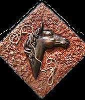 Голова коня - картина из кожи