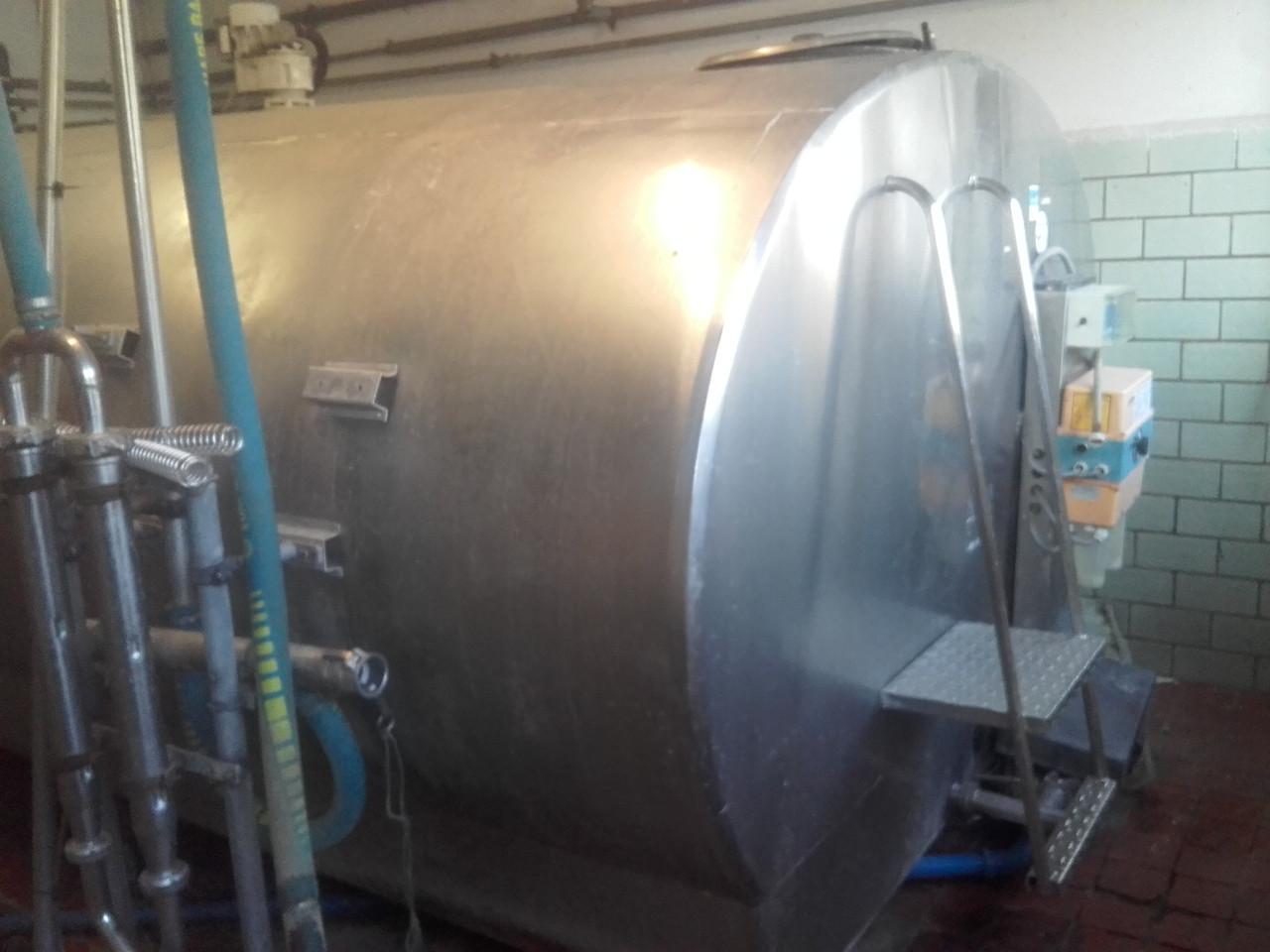 Охладитель молока Alfa Laval 10000 - ООО АгроПромХолод в Днепре