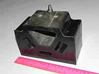 Подушка боковая опоры двигателя (со штифтом) ЯМЗ 238 (пр-во АВРТ)