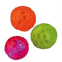 Trixie TX-33642 Flashing Ball 6см -Светящийся шипованный мяч для собак