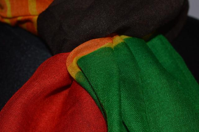 Шарф Соня красно-зеленый 3