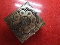 Шкатулка сувенірна дерев'яна ручної роботи 16*16*11 см, фото 1