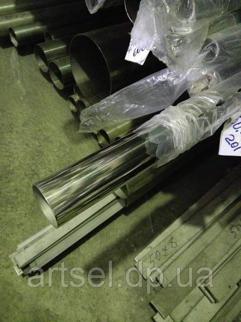 Труба нержавеющая зеркальная: производство, преимущества