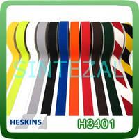 Антискользящая лента Heskins стандартной зернистости.
