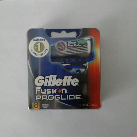 Кассеты Gillette Fusion Proglide 8 шт. ( Картриджи лезвия жиллетт Фюжин проглейд Оригинал Германия )