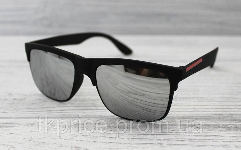Матові сонцезахисні окуляри унісекс