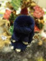 Кролик-брелок из меха Темно-синий в стиле Рекс Фенди Большой , фото 1
