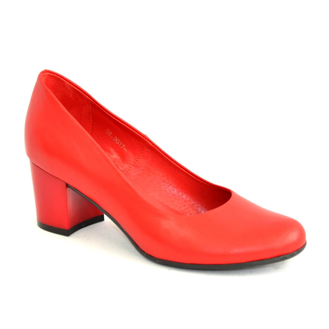 8c3833f094b2 Женские красные кожаные туфли на невысоком устойчивом каблуке ...