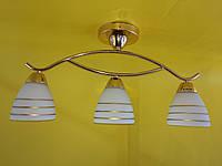 Потолочная люстра на 3 плафона