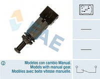 Выключатель фонаря сигнала торможения Master/Movano/Trafic/Vivaro/Kangoo (2 конт.) FAE