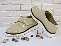 Туфли из натуральной лаковой кожи бежевого цвета с металлической пряжкой на низком ходу 36-41р, фото 1