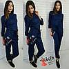 Женский стильный джинсовый комбез с вышивкой