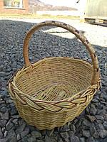 Плетеная детская корзина из лозы