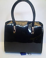 Оригинальная женская лаковая сумка YIRUI черного цвета