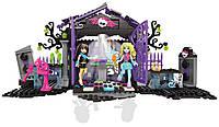 Конструктор Mega Bloks Monster High Ужасно крутая вечеринка в саду (CNF83)