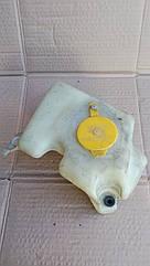Бачок омывателя лобового стекла Opel Astra F.