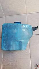 Бачок омывателя лобового стекла Volkswagen Passat B-3, B-4. 357 955 453 B.