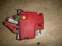 Блок предохранителей (2,3 dci 16V) Renault Master 3 10-- (Рено Мастер 3), 241367599R