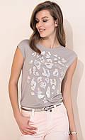 Молодежная летняя блуза бежевого цвета с коротким рукавом. Модель Nely Zaps, коллекция весна-лето 2017.