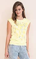 Молодежная летняя блузка желтого цвета с коротким рукавом. Модель Nely Zaps, коллекция весна-лето 2017.