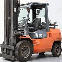 Вилочный погрузчик б/у TOYOTA 02-7FG40, Газ-Бензин, 5.5м, 4,5т. БУ погрузчик 4х тонник Тойота