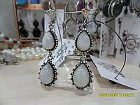 Натуральный лунный камень. Серьги с натуральным лунным камнем в серебре. Индия!