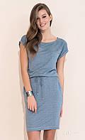 Летнее повседневное платье джинсового цвета с коротким рукавом. Модель Naos Zaps, коллекция весна-лето 2017.