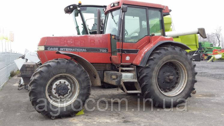 Трактор Case IH International 7120