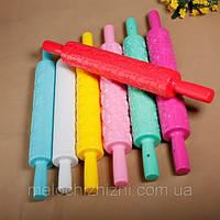 Фигурная пластиковая скалка для мастики