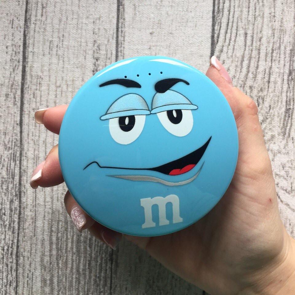 Внешний дополнительный голубой аккумулятор M&M's на 8000 мАч