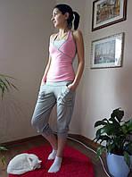 Костюм спортивный с майкой и бриджами. розово-серый, L