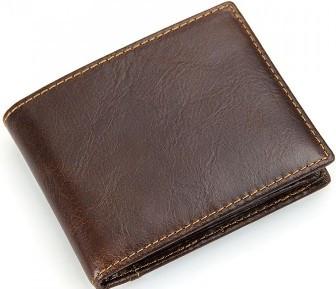 Хорошее мужское кожаное портмоне TIDING BAG R-8108Q, коричневый