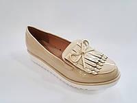 Женские модные польские бежевые лаковые туфли на танкетке, лоферы Vices