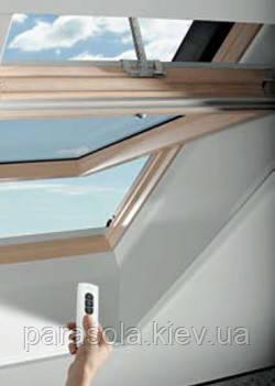 Мансардное окно RotoTroniс 74/98 см деревянное R4