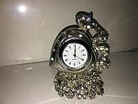 Часы настольные - декор для офиса