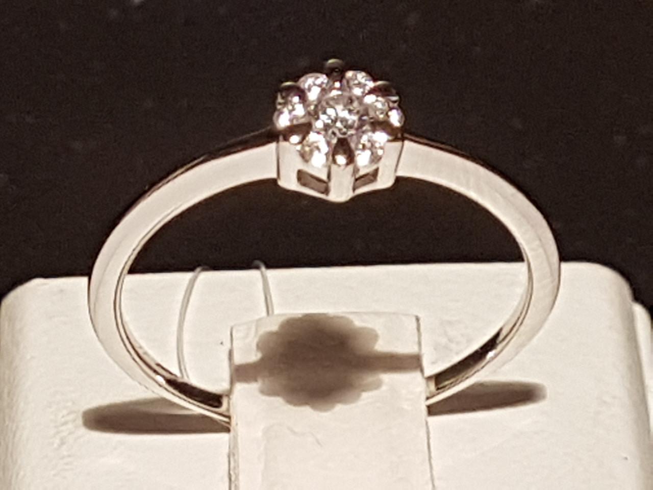 Серебряное кольцо с фианитами. Артикул 901-00689