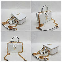 Белая сумочка Louis Vuitton